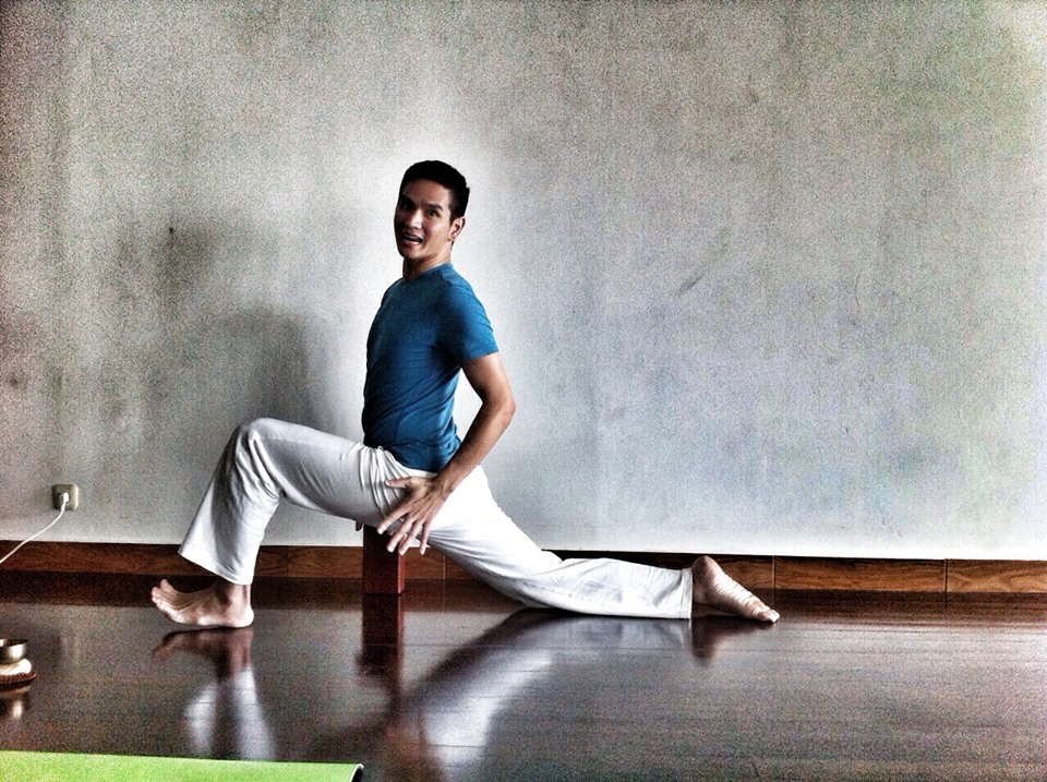 Introducing Chris Su to Jakarta Yoga Community